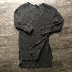 H&M size zip tunic sweater